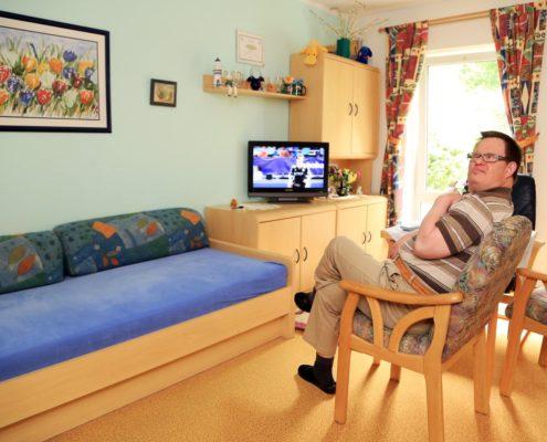 wohnen lebenshilfe magdeburg. Black Bedroom Furniture Sets. Home Design Ideas