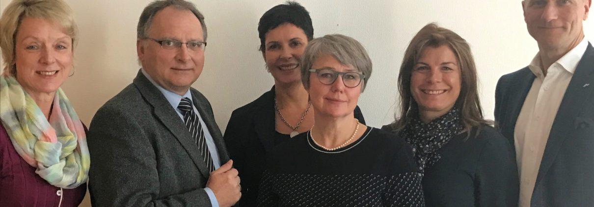 V.l.n.r.: Ramona Kann (DAK), Dr. Volker Schmeichel (vdek), Heike Woost (Lebenshilfe Magdeburg), Silke Zur (Strehlow GmbH), Dr. Sabine Dutschko (Lebenshilfe Magdeburg), Uwe Strehlow (Strehlow GmbH)